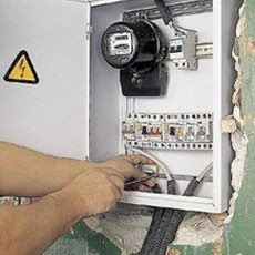 монтаж скрытого электрощита